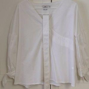 Vineyard vine New white crisp blouse